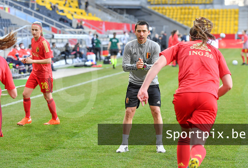 Belgian physical coach Cedric Lehance pictured during a friendly female soccer game between the national teams of Germany and  Belgium , called the Red Flames  in a pre - bid tournament called Three Nations One Goal with the national teams from Belgium , The Netherlands and Germany towards a bid for the hosting of the 2027 FIFA Women's World Cup , on Sunday 21 st of February 2021  in Aachen , Germany . PHOTO SPORTPIX.BE | SPP | STIJN AUDOOREN