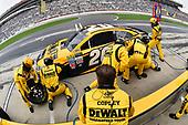 2017 Monster Energy NASCAR Cup Series - Fold of Honor QuikTrip 500<br /> Atlanta Motor Speedway, Hampton, GA USA<br /> Sunday 5 March 2017<br /> Matt Kenseth, DEWALT Flexvolt Toyota Camry pit stop<br /> World Copyright: Nigel Kinrade/LAT Images<br /> ref: Digital Image 17ATL1nk08730