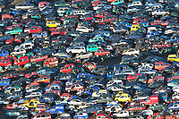 Schrotplatzt: EUROPA, DEUTSCHLAND, NIEDERSACHSEN, LINTIG  (EUROPE, GERMANY),  Auto-Schrottplatz. - Aufwind-Luftbilder - Stichworte: Abwrackpraemie, Umweltpraemie, Altmetall, Autohalde, Autorecycling, Autowracks, DEU, Deutschland, Luftaufnahme, luftbild, Luftfotografie, Recycling, Schrott, schrottplatz, Schrottverwertung, Uebersicht, Vogelperspektive, Wiederverwertung, Auto, Autos, Autoschrottplatz, Verwertung .
