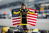 #26: Colton Herta, Andretti Autosport Honda Front Row Portraits
