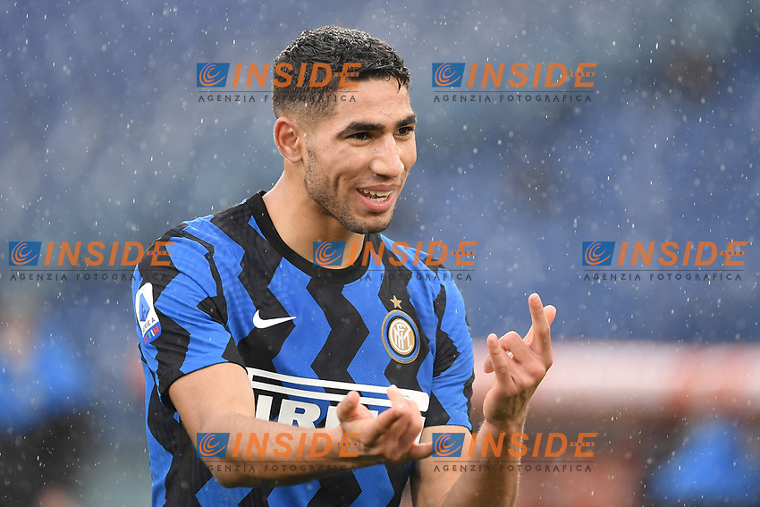 Achraf Hakimi of Inter Celebrates after scoring the 1-2 goal during the Serie A football match between AS Roma and FC Internazionale at Olimpico stadium in Roma (Italy), January 10th, 2021. Photo Andrea Staccioli / Insidefoto