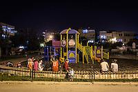 Un jardin d'enfants en pleine nuit, à Adiyaman.
