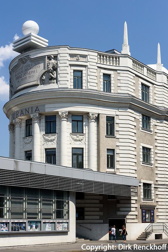 Volksbildungshaus Urania von 1910 beim Schwedenplatz, Wien, Österreich, UNESCO-Weltkulturerbe<br /> People's educatin house Urania build 1910, Schwedenplatz, Vienna, Austria, world heritage