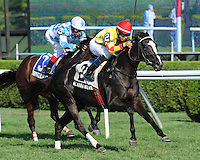 Alaura Michele captures The Nani Rose at Saratoga Race Course, New York, 7/29/2012 with Eddie Castro up