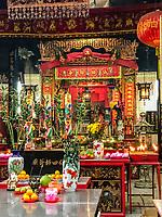 Sin Sze Si Ya Taoist Temple Offerings, Chinatown, Kuala Lumpur, Malaysia.  Oldest Taoist temple in Kuala Lumpur (1864).