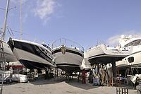 - Viareggio (Toscana), cantiere per la manutenzione delle barche da diporto<br /> <br /> - Viareggio (Tuscany), yard for the maintenance of recreational boats