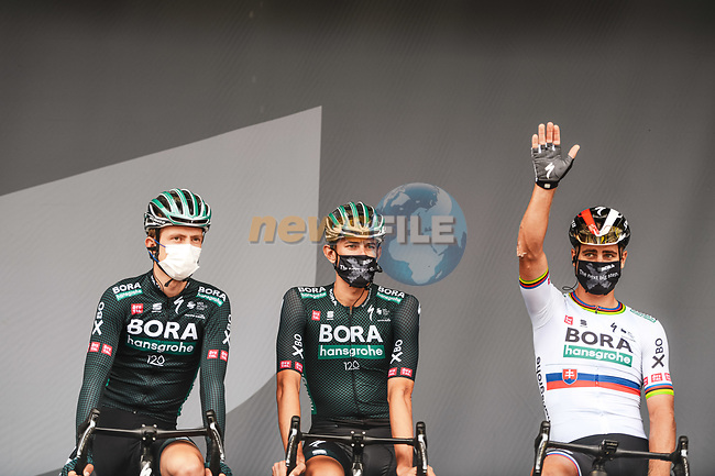 Slovakian Champion Peter Sagan (SVK) Bora-Hansgrohe at sign on before the start of Stage 8 of the 2021 Tour de France, running 150.8km from Oyonnax to Le Grand-Bornand, France. 3rd July 2021.  <br /> Picture: A.S.O./Charly Lopez   Cyclefile<br /> <br /> All photos usage must carry mandatory copyright credit (© Cyclefile   A.S.O./Charly Lopez)