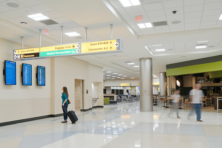 John Glenn International Airport Concourses B & C   Gilbane Building Company