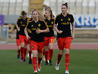 20180305 - LARNACA , CYPRUS :  Belgian Jana Coryn and Heleen Jaques pictured during warming up of a women's soccer game between  the Belgian Red Flames  and Austria , on Monday 5 March 2018 at the GSZ Stadium in Larnaca , Cyprus . This is the third game in group B for Belgium during the Cyprus Womens Cup , a prestigious women soccer tournament as a preparation on the World Cup 2019 qualification duels. PHOTO SPORTPIX.BE | DAVID CATRY