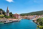 Croatia, Kvarner Gulf, Losinj Island, Veli Losinj: popular resort with picturesque harbour | Kroatien, Kvarner Bucht, Insel Losinj, Veli Losinj: beliebter Ferienort im Suedosten der Insel mit malerischem Hafen