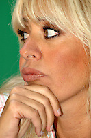Roma 11 09 2004 Dibattito:Procreazione Assistita:chi difende i diritti del concepito?Alessandra Mussolini Europarlamentare Alternativa Sociale                                                                                   photo:Serena Cremaschi Insidefoto
