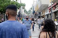Campinas (SP), 10/09/2021 - Cidades - Movimentacao na rua 13 de Maio, no centro da cidade de Campinas (SP), nesta sexta-feira (10).