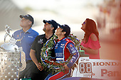 Verizon IndyCar Series<br /> Indianapolis 500 Winner Portrait<br /> Indianapolis Motor Speedway, Indianapolis, IN USA<br /> Monday 29 May 2017<br /> Takuma Sato, Andretti Autosport Honda with team owner Michael Andretti<br /> World Copyright: Michael L. Levitt<br /> LAT Images