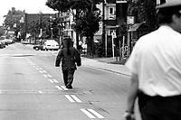 Photo d'archive de la police <br /> de Montreal,durant une alerte a la bombe, <br /> 12 Juin 1994<br /> <br /> PHOTO :  AGENCE QUEBEC PRESSE