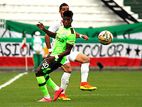 MANIZALES -COLOMBIA, 14-08-2016. Acción de juego entre Once Caldas y Deportivo Cali durante encuentro  por la fecha 8 de la Liga Aguila II 2016 disputado en el estadio Palogrande./Action game between Once Caldas y Deportivo Cali during match for the date 8 of the Aguila League II 2016 played at Palogrande stadium . Photo:VizzorImage / Santiago Osorio  / Contribuidor