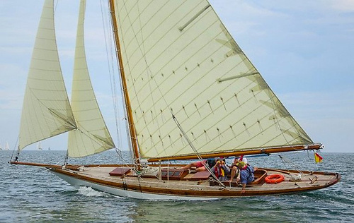 The Star of the VDLR Bicentenary Regatta in Dublin Bay in 2017 – Rob Mason's own-restored 1897-vintage Myfanwy from Milford Haven. Photo: Afloat.ie/David O'Brien