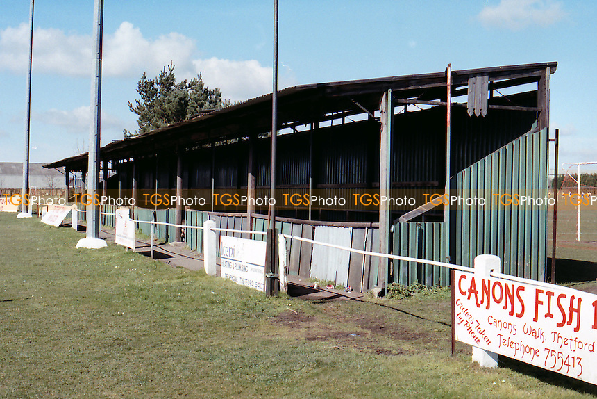 Recreation Ground, Mundford Road, home of Thetford Town FC (Norfolk), pictured in March 1995 - Gavin Ellis/TGSPHOTO - Self billing applies where appropriate - 0845 094 6026 - contact@tgsphoto.co.uk - NO UNPAID USE..