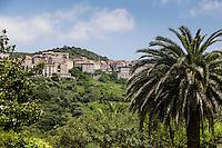 France, Corse-du-Sud (2A), Sartène et l'église Sainte-Marie // France, Corse du Sud, Sartene and Sainte-Marie church