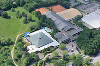 Freizeitbad Reinbek: DEUTSCHLAND, SCHLESWIG-HOLSTEIN, REINBEK21.06.2010: Reinbek, Stichworte: Deutschland, Reinbek, Freizeitbad Reinbek, Schliessung, Finanzierung, Sportpark Reinbek, . c o p y r i g h t : A U F W I N D - L U F T B I L D E R . de G e r t r u d - B a e u m e r - S t i e g 1 0 2, 2 1 0 3 5 H a m b u r g , G e r m a n y P h o n e + 4 9 (0) 1 7 1 - 6 8 6 6 0 6 9 E m a i l H w e i 1 @ a o l . c o m w w w . a u f w i n d - l u f t b i l d e r . d e K o n t o : P o s t b a n k H a m b u r g B l z : 2 0 0 1 0 0 2 0 K o n t o : 5 8 3 6 5 7 2 0 9 , V e r o e f f e n t l i c h u n g n u r m i t H o n o r a r n a c h M F M, N a m e n s n e n n u n g u n d B e l e g e x e m p l a r !