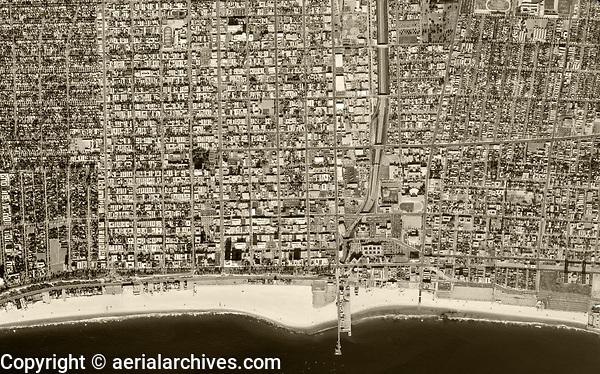 historical aerial photograph of Santa Monica, Los Angeles County,  California 1972