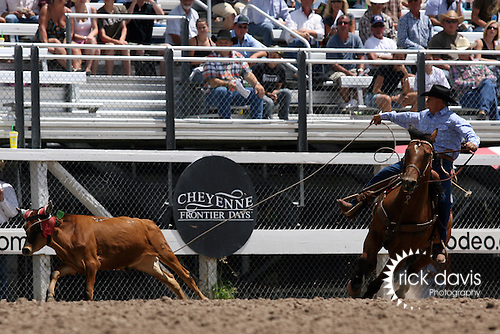 Cheyenne, Wyoming-7/26/2009-Photo by Rick Davis - PRCA cowboy Mike Lohof of Baker, Montana turned in a short go round time of 20.1 seconds in the Senior Steer Roping event during final round action at the 113th annual Cheyenne Frontier Days Rodeo. Mike posted a two head time of 57.8 seconds, which earned him the 2009 Cheyenne Senior Steer Roping Championship.