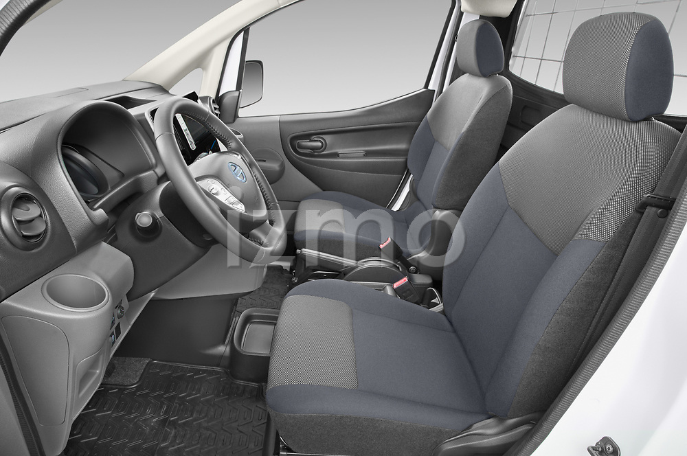 Front seat view of a Front seat view of 2021 Nissan e-NV200 Business 4 Door Cargo Van front seat car photos