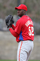 February 24, 2010:  Pitcher Jose Contreras (52) of the Philadelphia Phillies during practice at Carpenter Complex in Clearwater, FL.  Photo By Mike Janes/Four Seam Images