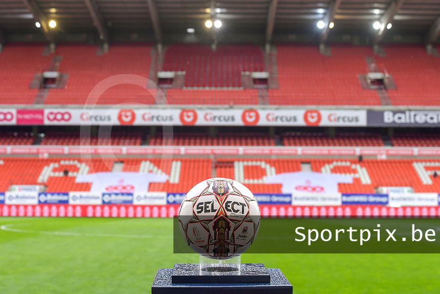 matchball pictured before a female soccer game between Standard Femina de Liege and AA Gent Ladies on the 6th matchday in play off 1 of the 2020 - 2021 season of Belgian Scooore Womens Super League , tuesday 11 th of May 2021  in Liege , Belgium . PHOTO SPORTPIX.BE   SPP   STIJN AUDOOREN