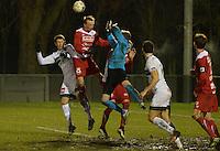Torhout KM - FC Gullegem : Gullegem doelman Anthony Degrendel bokst de bal weg<br /> foto VDB / BART VANDENBROUCKE