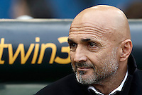 Calcio, Serie A: Lazio vs Roma. Roma, stadio Olimpico, 4 dicembre 2016.<br /> Roma's coach Luciano Spalletti waits for the start of the Italian Serie A football match between Lazio and Rome at Rome's Olympic stadium, 4 December 2016. Roma won 2-0.<br /> UPDATE IMAGES PRESS/Isabella Bonotto
