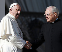 Papa Francesco saluta Monsignor Leonardo Sapienza al termine dell'udienza generale del mercoledi' in Piazza San Pietro, Citta' del Vaticano, 16 novembre 2016.<br /> Pope Francis greets Monsignor Leonardo Sapienza at the end of his weekly general audience in St. Peter's Square at the Vatican,  on November 16, 2016.<br /> UPDATE IMAGES PRESS/Isabella Bonotto<br /> <br /> STRICTLY ONLY FOR EDITORIAL USE