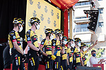 Jumbo-Visma best team from yesterday's stage at sign on before the start of Stage 12 of La Vuelta d'Espana 2021, running 175km from Jaén to Córdoba, Spain. 26th August 2021.     <br /> Picture: Cxcling   Cyclefile<br /> <br /> All photos usage must carry mandatory copyright credit (© Cyclefile   Cxcling)