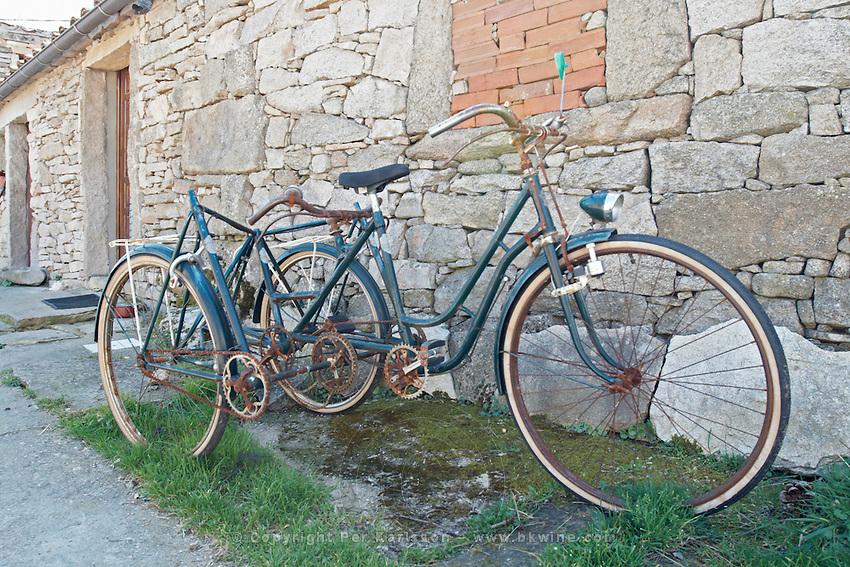 home-designed tricycle Bodega La Setera, DO Arribes del Duero spain castile and leon