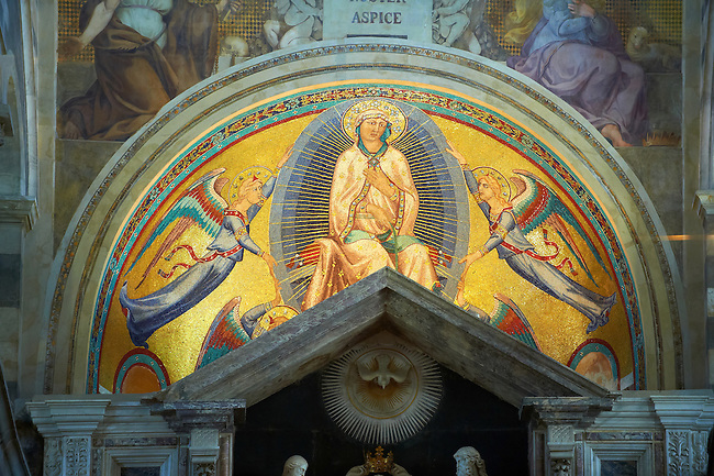 Byzantine style mosaics of Christ in the interior of the Duomo, Pisa, Italy