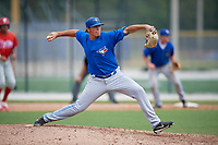 Toronto Blue Jays pitcher Justin Watts (32) delivers a pitch during an Instructional League game against the Philadelphia Phillies on October 7, 2017 at the Englebert Complex in Dunedin, Florida.  (Mike Janes/Four Seam Images)