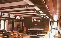 Frank Lloyd Wright:  Robie House, Oak Park IL, 1909. Interior view with central fireplace.
