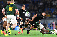 2nd October 2021, Cbus Super Stadium, Gold Coast, Queensland, Australia;   Nepo Laulala offloads in the tackle . New Zealand All Blacks versus South Africa Springboks.The Rugby Championship. Rugby Union test match.