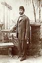 Syrie 1910?.Damas: Portrait de Adjaj Agha Shemdin pris dans le quartier kurde de la ville.Syria 1910?.Damascus: Portrait of Adjaj Agha Shemdin