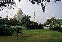 Lush garden in front of the Taj Mahal, Agra, India.