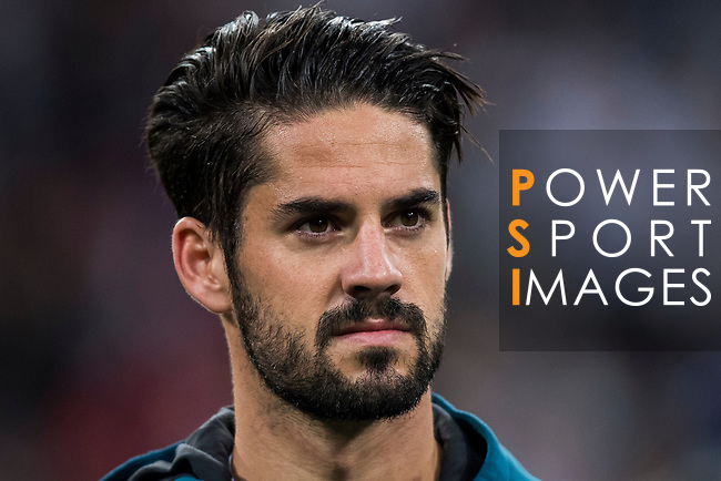 Isco Alarcon of Real Madrid prior to the UEFA Champions League 2017-18 match between Real Madrid and Tottenham Hotspur FC at Estadio Santiago Bernabeu on 17 October 2017 in Madrid, Spain. Photo by Diego Gonzalez / Power Sport Images