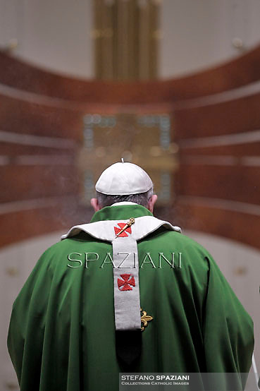 Pope Francis during  visits the parish of San Tommaso on the outskirts of Rome on February 16, 2014.