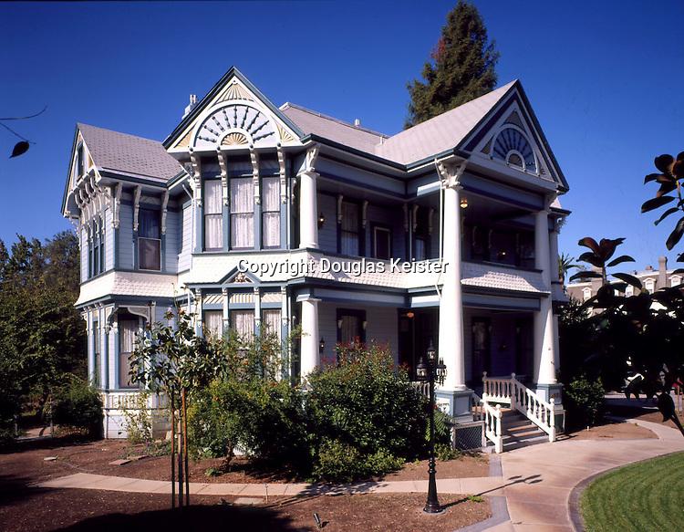 The Blue Violet Mansion<br />443 Brown St<br />Napa, CA