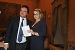 MARIO ORFEO E ROMANA LIUZZO<br /> PREMIO GUIDO CARLI - SECONDA EDIZIONE<br /> PALAZZO DI MONTECITORIO - SALA DELLA REGINA ROMA 2011
