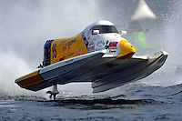 Rough water on the opening lap at Seattle for Mark Welch.