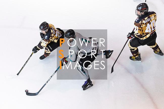 Wendigos vs Hockey Hero during the Mega Ice Hockey 5s match on May 02, 2018 in Hong Kong, Hong Kong. Photo by Marcio Rodrigo Machado / Power Sport Images