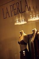 Europe/Italie/Emilie-Romagne/Bologne : Galerie Cabour vitrine de la Perla