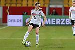 v.li.: Kathrin Hendrich (Deutschland, 3) am Ball, Aktion, Action, DIE DFB-RICHTLINIEN UNTERSAGEN JEGLICHE NUTZUNG VON FOTOS ALS SEQUENZBILDER UND/ODER VIDEOÄHNLICHE FOTOSTRECKEN. DFB REGULATIONS PROHIBIT ANY USE OF PHOTOGRAPHS AS IMAGE SEQUENCES AN/OR QUASI-VIDEO., 21.02.2021, Aachen (Deutschland), Fussball, Länderspiel Frauen, Deutschland - Belgien <br /> <br /> Foto © PIX-Sportfotos *** Foto ist honorarpflichtig! *** Auf Anfrage in hoeherer Qualitaet/Aufloesung. Belegexemplar erbeten. Veroeffentlichung ausschliesslich fuer journalistisch-publizistische Zwecke. For editorial use only.