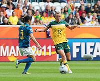 Fifa Women's World Cup Germany 2011 : Brazil - Australia  at Borussia - Park in Munchengladbach : Emily Van Egmond aan de bal voor Daiane.foto DAVID CATRY / Vrouwenteam.be
