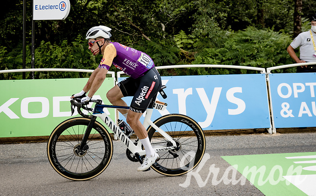 Kristian Sbaragli (ITA/Alpecin-Fenix) finishing the first stage after having crashed hard 7 kilometers before<br /> <br /> Stage 1 from Brest to Landerneau (198km)<br /> 108th Tour de France 2021 (2.UWT)<br /> <br /> ©kramon