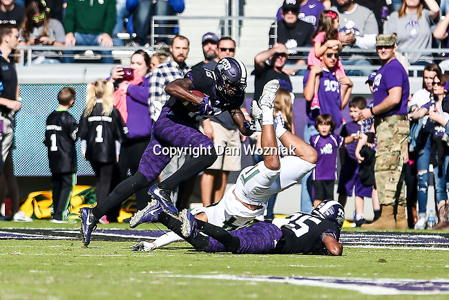 TCU Horned Frogs wide receiver Jalen Reagor (18)) in action during the game between the Baylor Bears and the TCU Horned Frogs at the Amon G. Carter Stadium in Fort Worth, Texas.